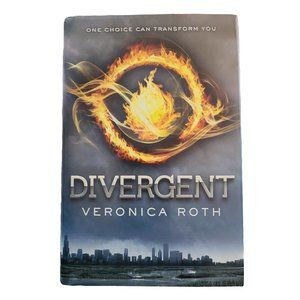 ☘️3/$30☘️ Divergent by Veronica Roth